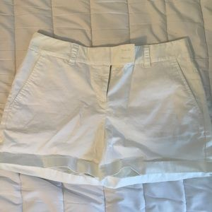 Vineyard Vines Women's White Shorts